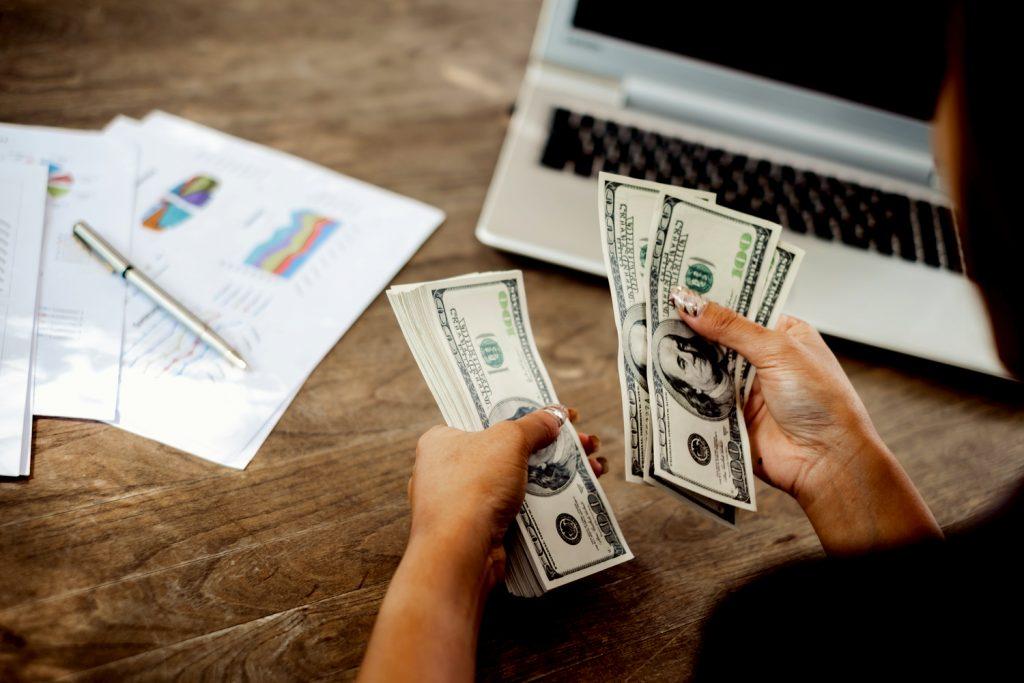 Vốn kinh doanh - Yếu tố không thể thiếu giúp bạn đến với thành công trên con đường làm giàu từ hai bàn tay trắng