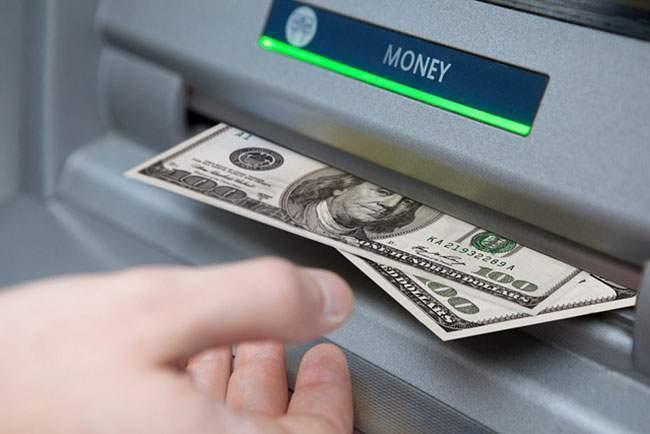 Lãi suất rút tiền mặt từ thẻ tín dụng rất cao