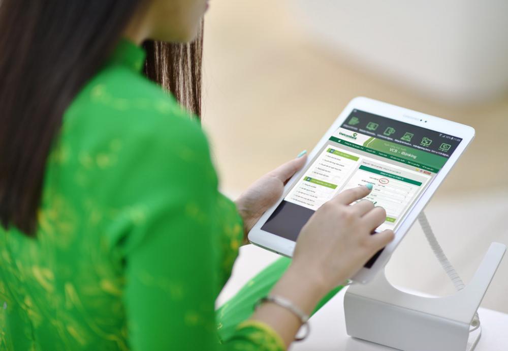 Chuyển tiền liên ngân hàng Vietcombank mất bao lâu thì nhận được tiền? - Money24h